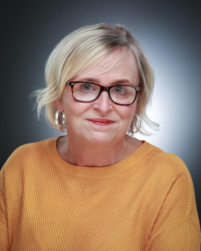 Sharon Borthwick