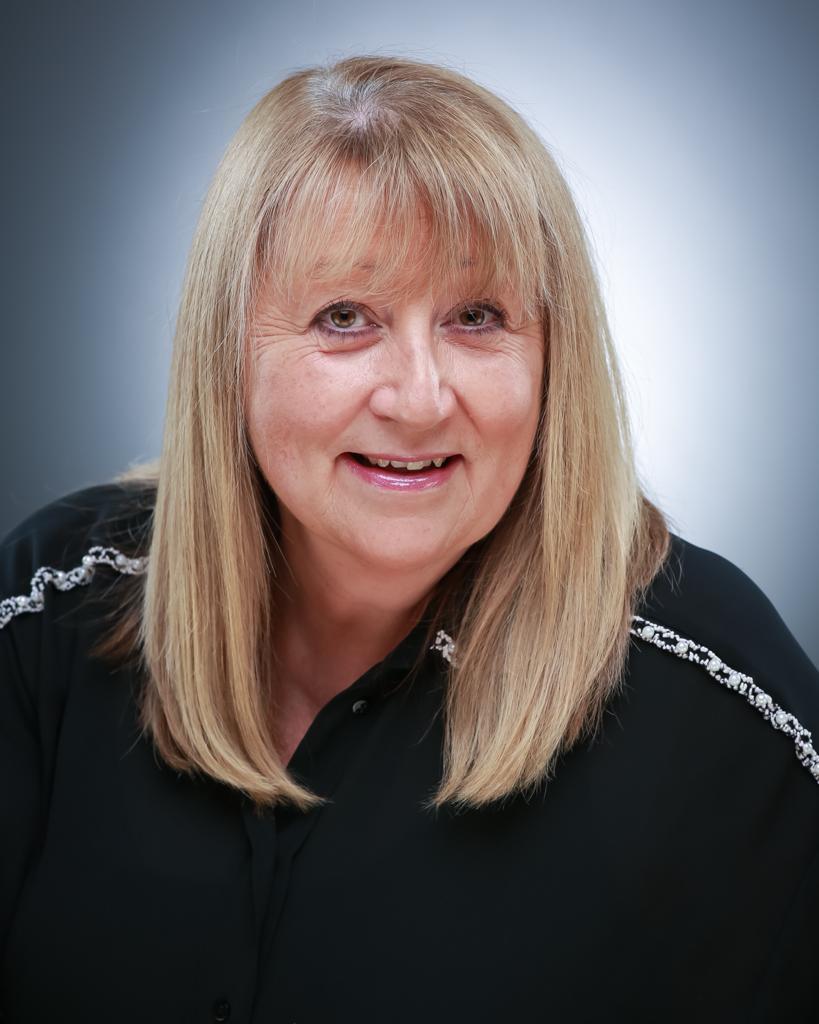 Lisa Richfield